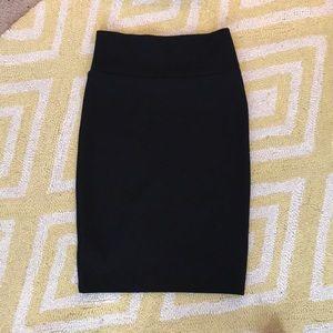 LuLaRoe black skirt